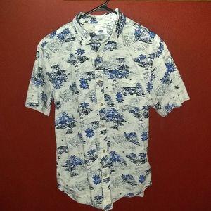 Men's Hawaiian Style Button Up Shirt